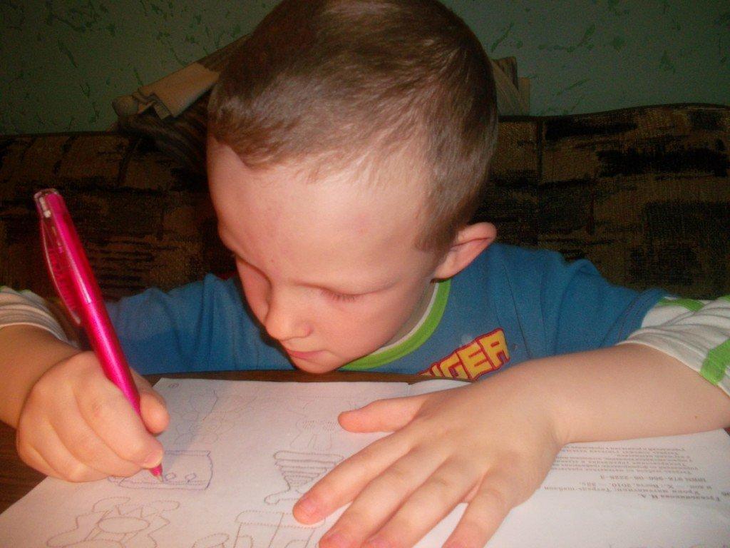Что делать, если ребенок не хочет рисовать?