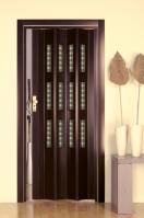 Двери гармошки в интерьере квартиры