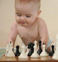 Как играть с малышом от года до трех лет
