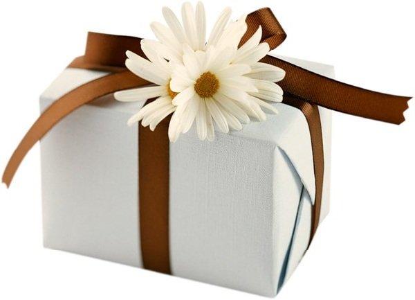 Как угодить с подарком независимо от возраста