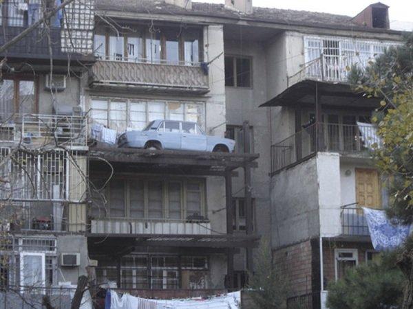 Внешний вид балкона может испортить целый город!