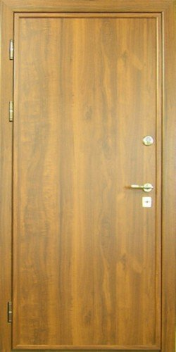 Входные ламинированные двери