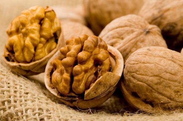 Самые полезные продукты питания - грецкий орех