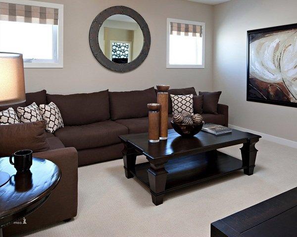Коричневый диван в интерьере фото и советы