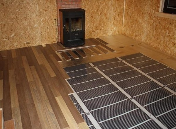 теплый электрический пол плюсы и минусы