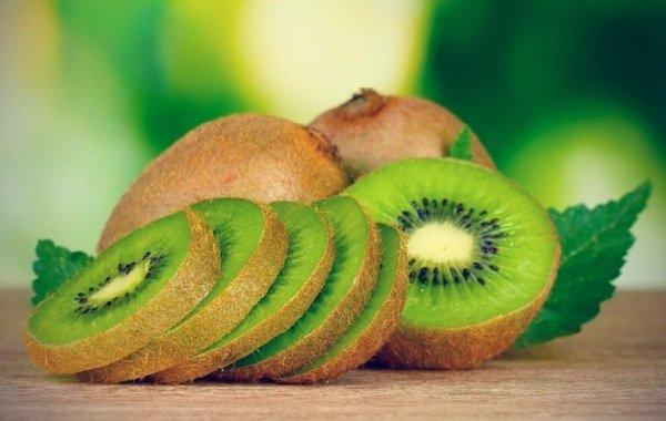 Самые полезные фрукты, овощи и ягоды зимой - Киви.