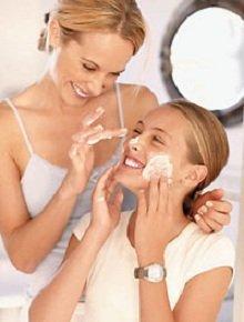 Крем для лица - полезные и вредные компоненты.