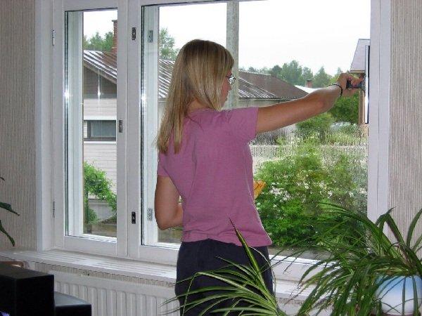 Как утеплить пластиковое окно снаружи и изнутри?