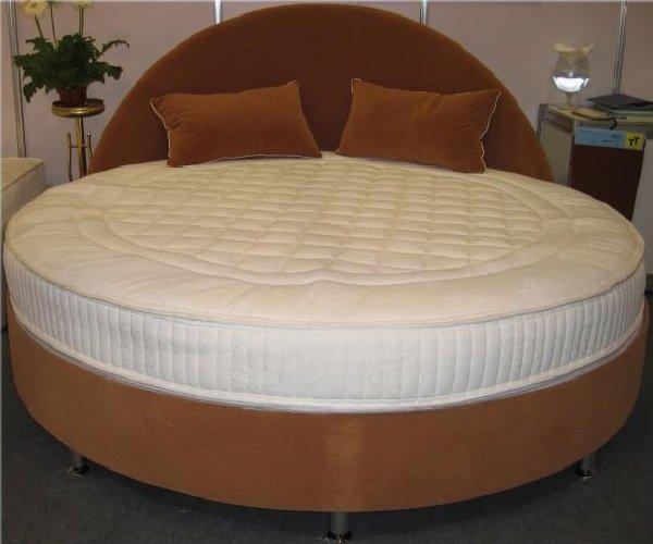 Круглый диван-кровать: фото нестандартных решений в интерьере источник