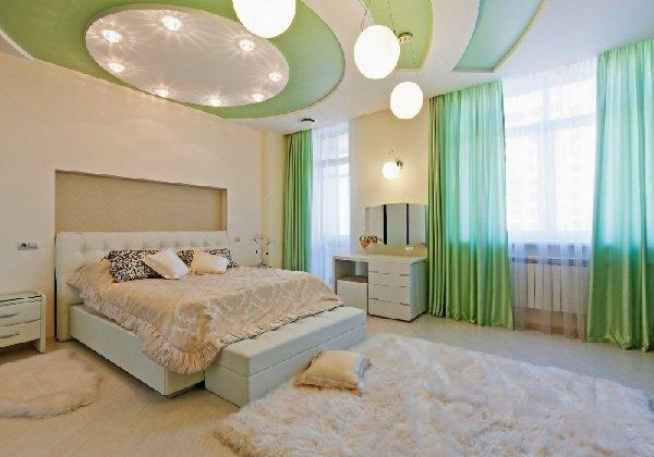 Натяжной потолок в спальне фото 6