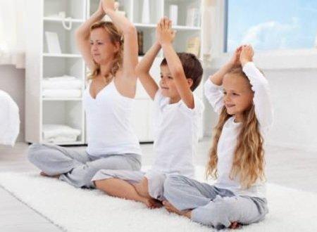 Йога для детей - путь к здоровью и развитию.