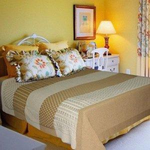 Выбор пледа в спальню и гостиную