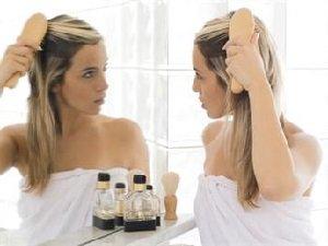 Причины выпадения волос у женщин после родов