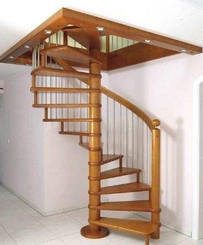 Винтовые деревянные лестницы для дома