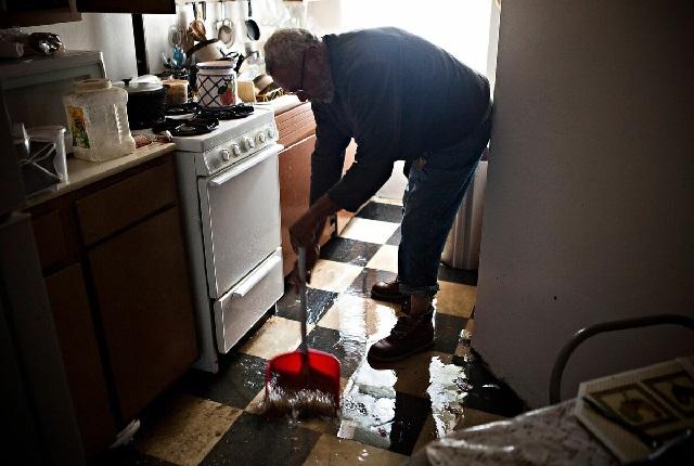 Затопили соседи – что делать?