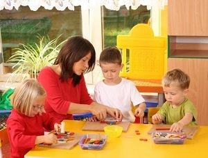 Игры в жизни ребенка способствуют развитию.