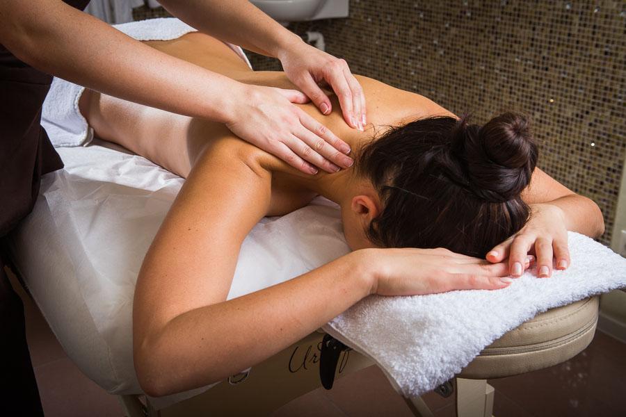 Классический массаж и в чем его суть и правила.