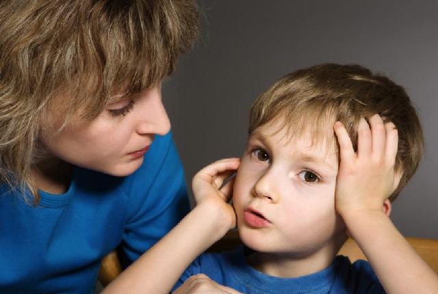 Ребенок начал заикаться – что делать?