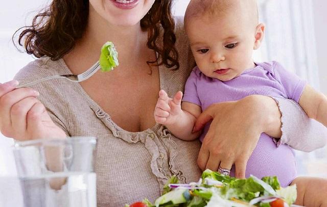 Что должна кушать кормящая мама.