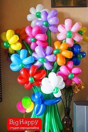 Подарок из шаров придумать легко