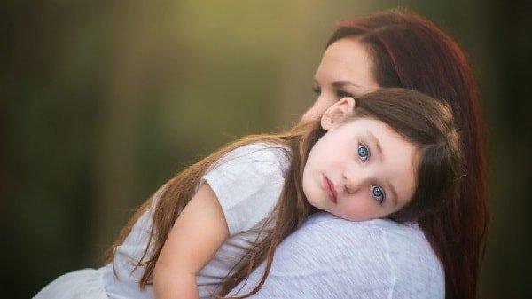 Опекунство над ребенком и попечительство.