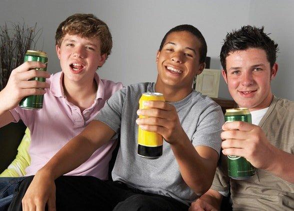 Ребенок подросток выпивает – что делать