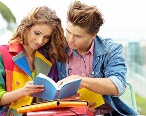 Влюбленные подростки