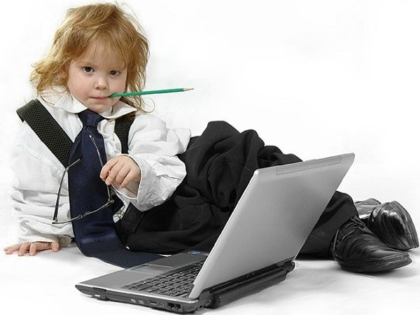 Интернет в жизни ребенка – как разрешить и что исключить?