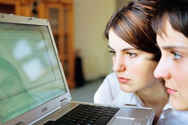 Статусы в социальных сетях и психология
