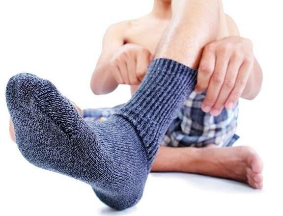 У подростка пахнут ноги – что делать?