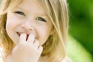 Вредные привычки у детей и дурные манеры