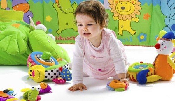 Кризис одного года у детей – признаки и что делать родителям