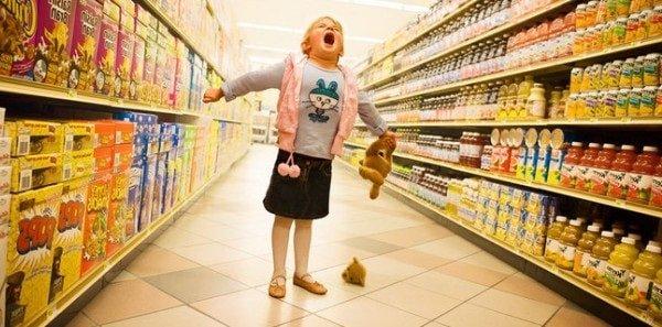 Истерика у ребенка в магазине.