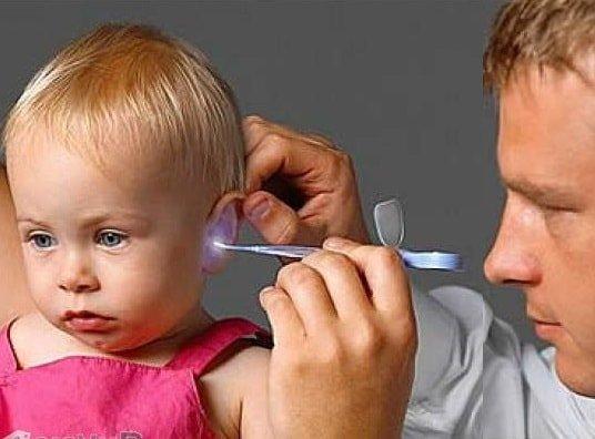 Инородное тело в ушах у ребенка