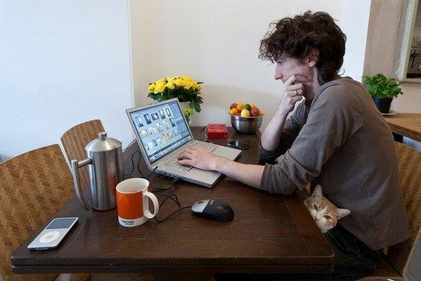Фриланс для взрослых людей дополняет работу