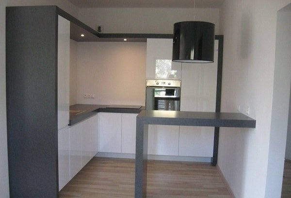 Идеи дизайна маленькой кухни в стиле минимализм