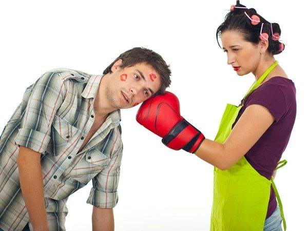 Изменять мужу с самим мужем, а жене с самой женой
