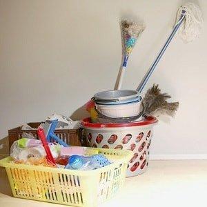 Инвентарь для домашней уборки