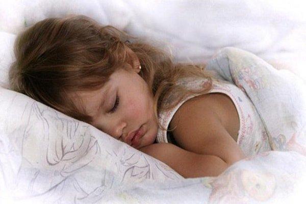 Крепкий сон ребенка ночью