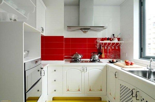 Оформляем маленькую кухню по правилам 1