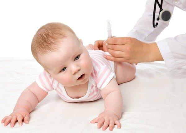 Ребенку сделали прививку, какой ждать реакции?