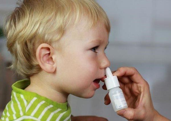 Сосудосуживающие капли в нос детям