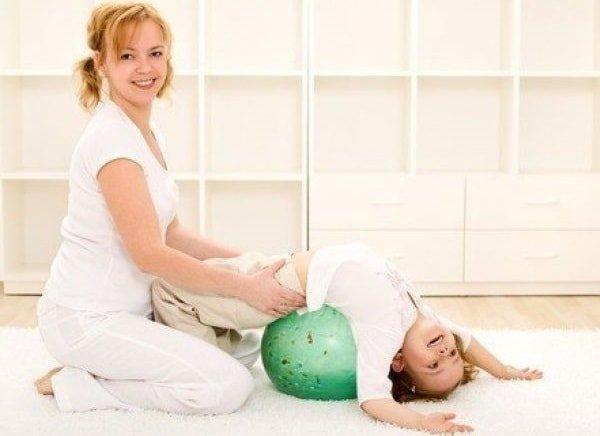 Гимнастические упражнения для детей до 3 лет