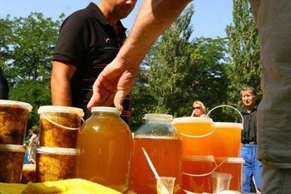 Как выбрать мед при покупке на рынке