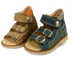 Покупаем правильную детскую обувь