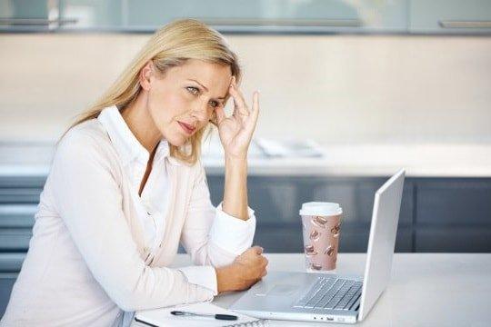 Как облегчить ПМС симптомы и наслаждаться жизнью в эти дни?