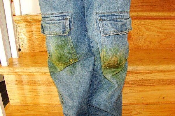 Как вывести пятна от травы на джинсовой ткани