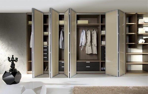 Шкаф с дверью-гармошкой или шкаф-гармошка
