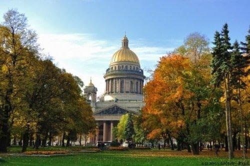 Советы посещающим Петербург осенью