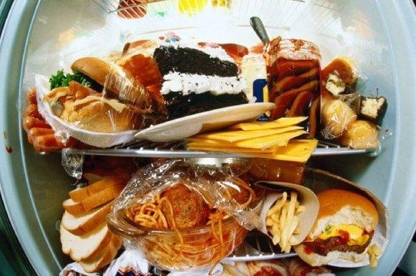 Инфаркт от жирной пищи или от налогов?